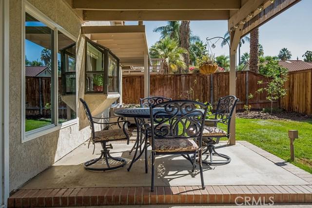 122 Orange Park, Redlands CA: http://media.crmls.org/medias/ca872d32-1e40-4bdd-9b05-c54fd5a5b8b1.jpg