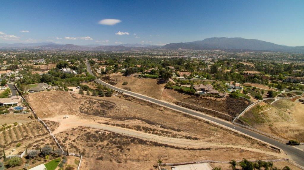 0 LOT C Santiago Road, Temecula CA: http://media.crmls.org/medias/ca8b6c87-8338-4889-8755-859b9c4e9e40.jpg