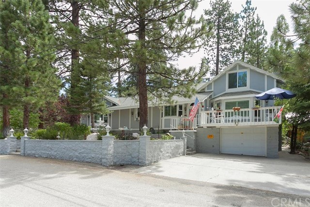 Single Family Home for Sale at 1179 Chickasaw Drive Fawnskin, California 92333 United States
