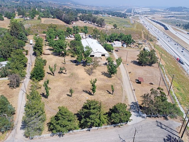 1039 Greenwood Avenue Devore, CA 92407 - MLS #: EV17133356