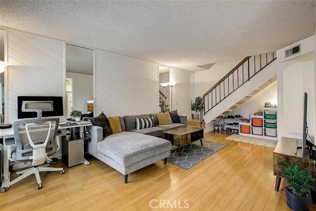 Photo of 866 W 13th Street #3, Azusa, CA 91702