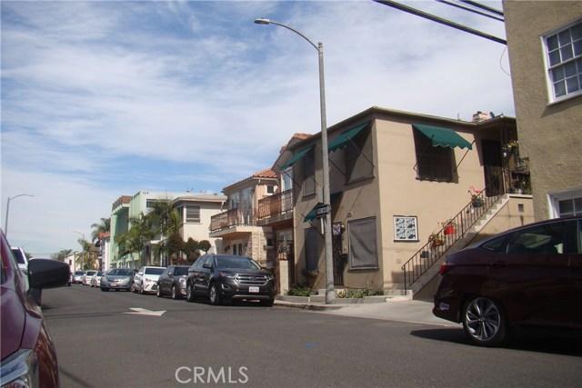 20 Nieto Avenue, Long Beach CA: http://media.crmls.org/medias/ca95c850-d2bb-46c1-92a7-93053a28a856.jpg
