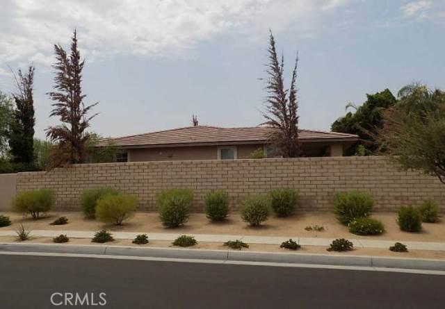 221 Via Firenza, Rancho Mirage CA: http://media.crmls.org/medias/caa2ebbe-1427-4107-96be-aed7e4d1581d.jpg