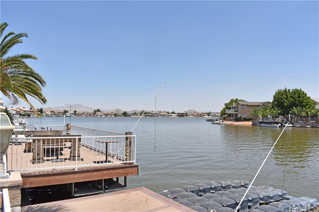 13745 SPRING VALLEY, VICTORVILLE, CA 92395  Photo