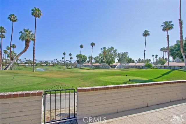 140 Avenida Las Palmas, Rancho Mirage CA: http://media.crmls.org/medias/caaec32c-851c-4016-907f-1661e9348d14.jpg
