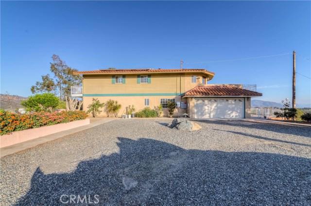 764 Rainbow Hills Road, Fallbrook CA: http://media.crmls.org/medias/cabae7e5-a6f8-4f24-a0ec-873a10d69be8.jpg