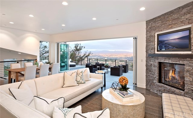 28732 Top Of The World Drive, Laguna Beach, CA 92651