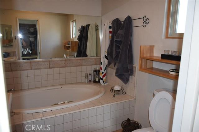 740 Maryland Street, El Segundo CA: http://media.crmls.org/medias/cabecdf4-88ca-4728-8562-3120ab3aecb5.jpg