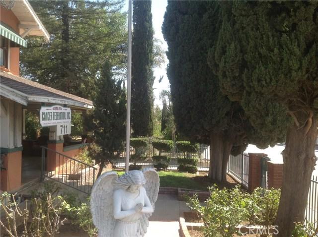 711 W Ramsey Street, Banning CA: http://media.crmls.org/medias/cac29061-39e3-4caa-9d0a-51610b6053d4.jpg
