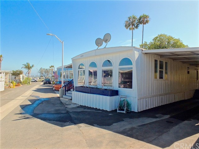 305 N coral Unit 233 Long Beach, CA 90803 - MLS #: PW18142254