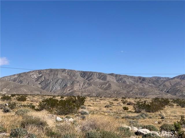 16529 15th Ave, Desert Hot Springs CA: http://media.crmls.org/medias/cada7897-b665-47a1-8f0a-a88c2e3fc108.jpg