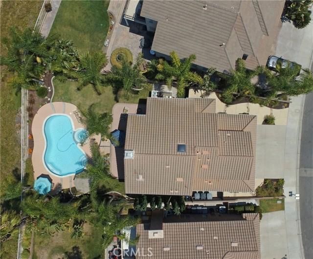 16458 Cyan Court, Chino Hills CA: http://media.crmls.org/medias/caeb0fdc-3614-442b-b586-50fad61aaa2c.jpg