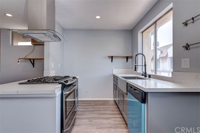 Townhouse for Sale at 122 Kelso Street Unit A 122 W Kelso Street Inglewood, California 90301 United States