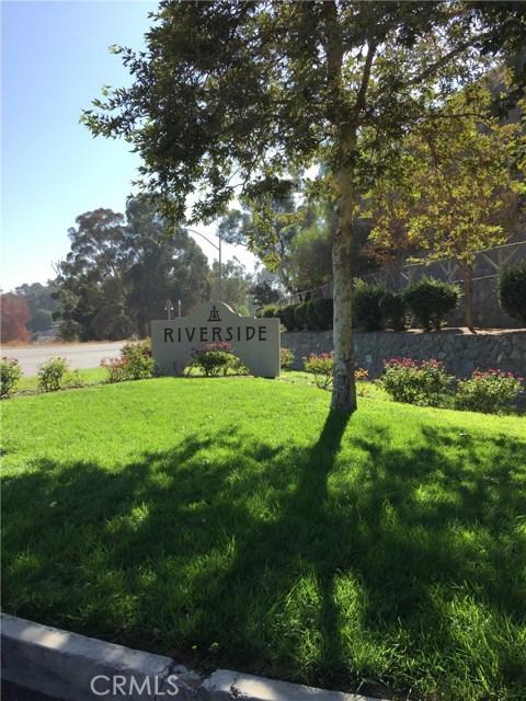 5193 Sierra Cross Way, Riverside CA: http://media.crmls.org/medias/caf42f04-1b78-45ec-9911-ef00e024c65c.jpg