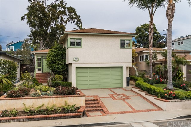 3008 Maple Avenue  Manhattan Beach CA 90266