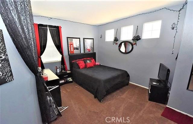 1094 Reward Street, San Jacinto CA: http://media.crmls.org/medias/caff8c87-6919-4518-8a39-a78b61cba8fd.jpg