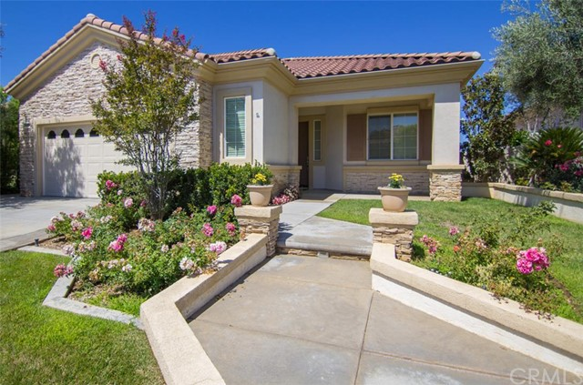 1643   Landmark Way   , CA 92223 is listed for sale as MLS Listing SW15165996