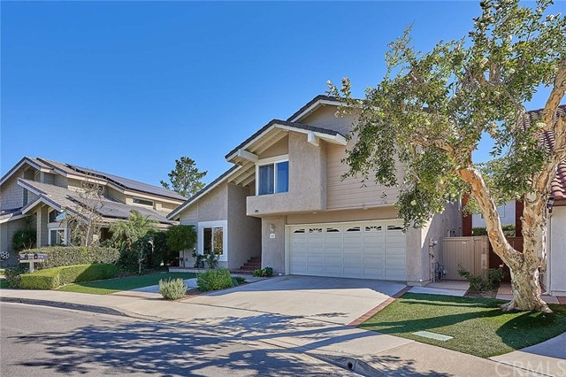 25 W Glorieta Irvine, CA 92620 - MLS #: PW18273963