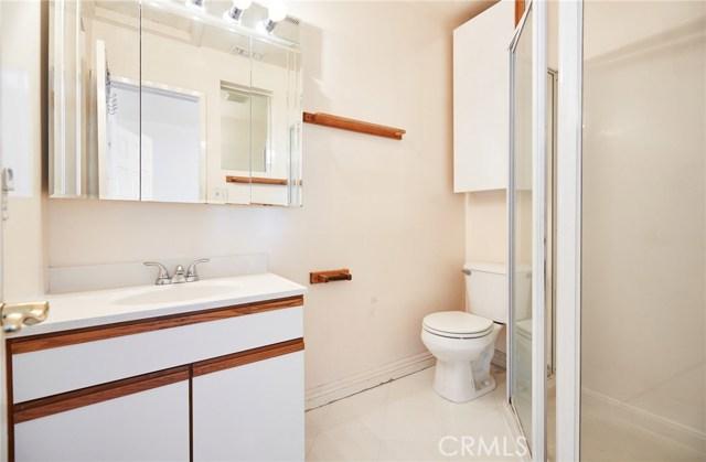 2265 243rd Street, Lomita CA: http://media.crmls.org/medias/cb431f6a-fca8-4fe0-96f5-0352a460c663.jpg