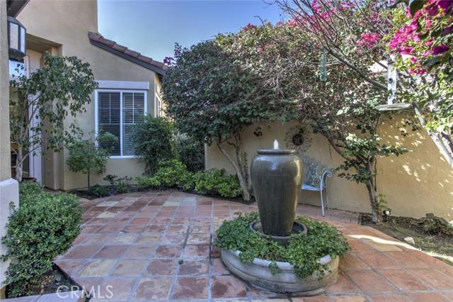 Single Family Home for Sale at 55 Dartmouth St Coto De Caza, California 92679 United States
