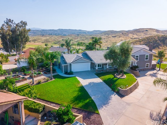 29033 Scout Court Canyon Lake CA  92587