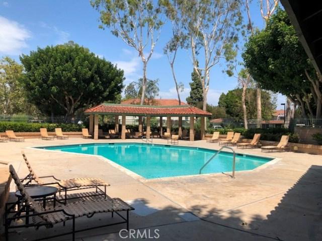 4314 Apricot Drive, Irvine CA: http://media.crmls.org/medias/cb4ae7a7-2f07-4d2d-9209-32928964b527.jpg