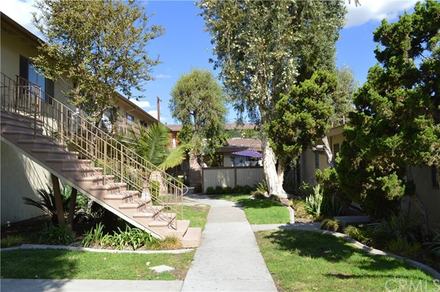 227 S Canoga Pl, Anaheim, CA 92804 Photo 9
