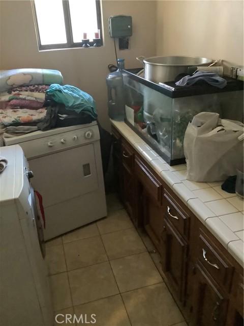 6904 Ranch House Road, Bakersfield CA: http://media.crmls.org/medias/cb53f8f5-0a70-44c5-a297-fa610ffd5828.jpg