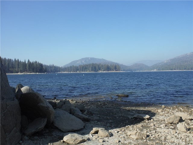 41780 Sparrow Road, Shaver Lake, CA 93664