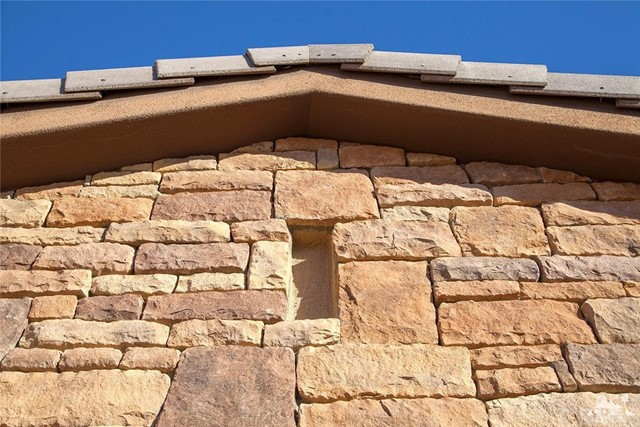 81448 Joshua Tree Court, La Quinta CA: http://media.crmls.org/medias/cb655cf8-f06c-4494-9ffc-1cd1e6d53eeb.jpg