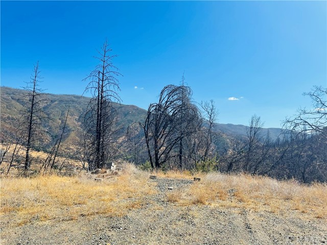 12657 Elk Mountain Road, Upper Lake CA: http://media.crmls.org/medias/cb6fd23a-443d-4f9e-8882-613e9e33f295.jpg
