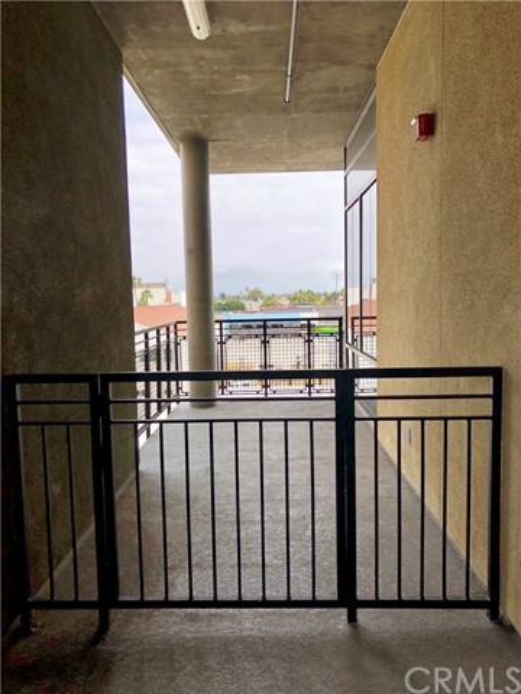 835 Locust Av, Long Beach, CA 90813 Photo 5