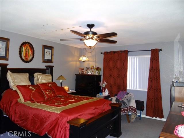 10136 Wells Avenue Riverside, CA 92503 - MLS #: SW17236647