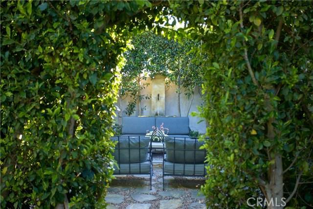 423 Snug Harbor Road, Newport Beach CA: http://media.crmls.org/medias/cbb16483-c064-4d77-831b-43b57b2e1154.jpg