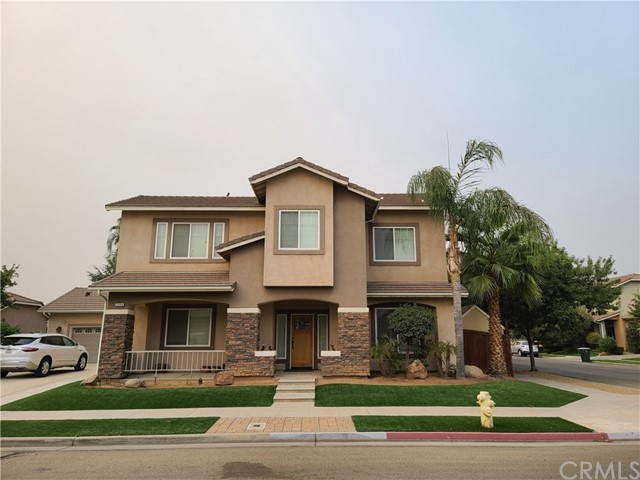 Detail Gallery Image 1 of 53 For 2354 E Washington Ave, Reedley,  CA 93654 - 4 Beds | 3/1 Baths