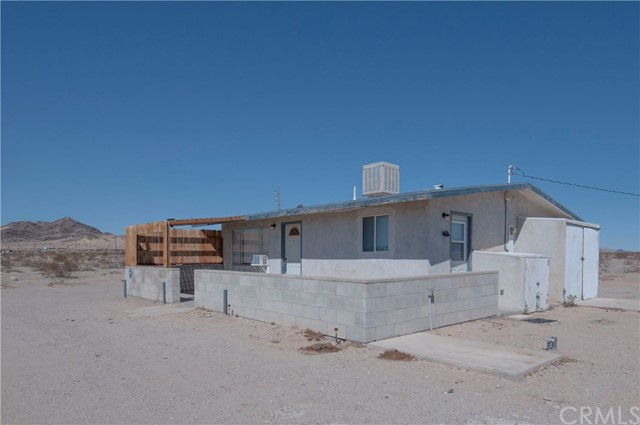 2237 Bagdad Highway, 29 Palms, California 92277