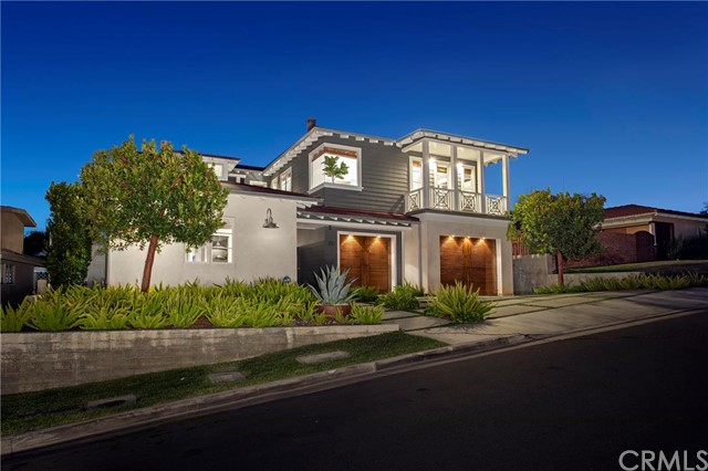 Single Family Home for Sale at 231 Tustin Avenue Newport Beach, California 92663 United States