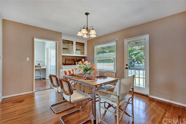 1606 N Rosewood Avenue, Santa Ana CA: http://media.crmls.org/medias/cbb862ec-0f43-4302-9ba2-f8ba2bd65c29.jpg