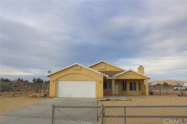 21956 Sioux Rd, Apple Valley, CA 92308 Photo
