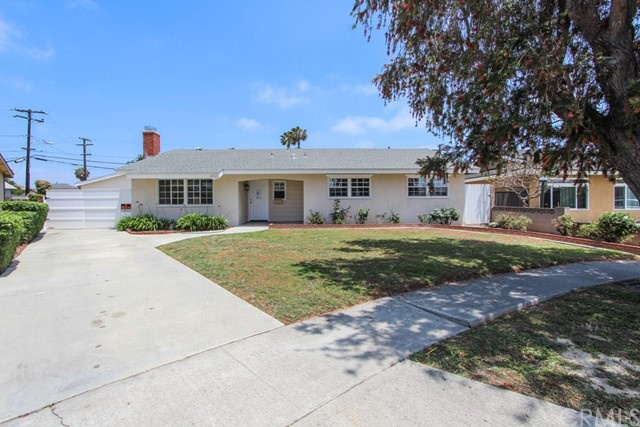 6961  Lenis Circle, Huntington Beach, California