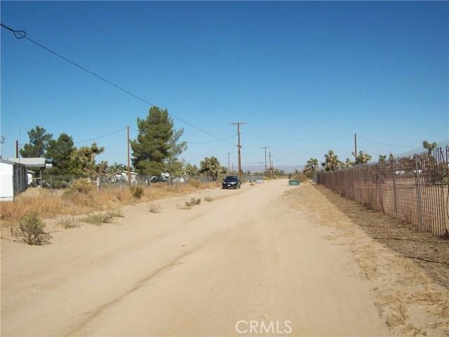 11232 Anderson Ranch Road, Phelan CA: http://media.crmls.org/medias/cc0ae6a1-efff-4515-b14f-277d6655e65d.jpg