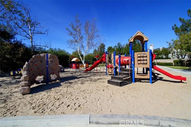 17 Berkshire, Rancho Santa Margarita CA: http://media.crmls.org/medias/cc0e68d1-f590-4690-8eed-e324f936eea2.jpg