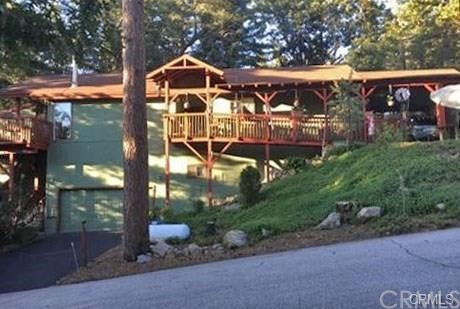 Casa Unifamiliar por un Venta en 6235 Ponderosa Drive Angelus Oaks, California 92305 Estados Unidos