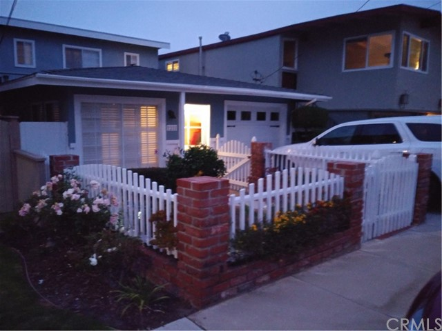 1211 20th Hermosa Beach CA 90254