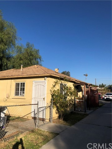Detail Gallery Image 1 of 4 For 18850 Lynwood St, Bloomington,  CA 92316 - – Beds   – Baths
