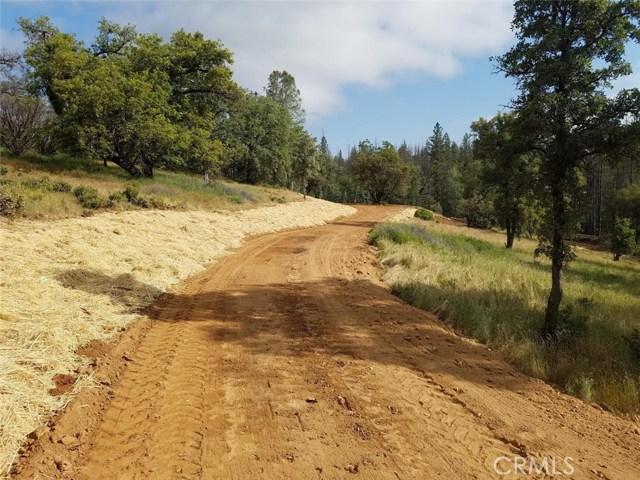 5887 Vineyard Lane, Mariposa CA: http://media.crmls.org/medias/cc2f6125-d9ab-4ac9-9c58-8b92815893d3.jpg
