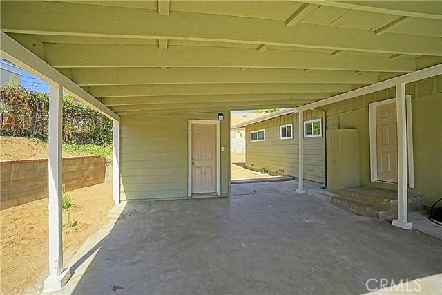 6555 Lemon Grove Avenue, Riverside CA: http://media.crmls.org/medias/cc306f2a-2134-4829-b837-7157f474582a.jpg