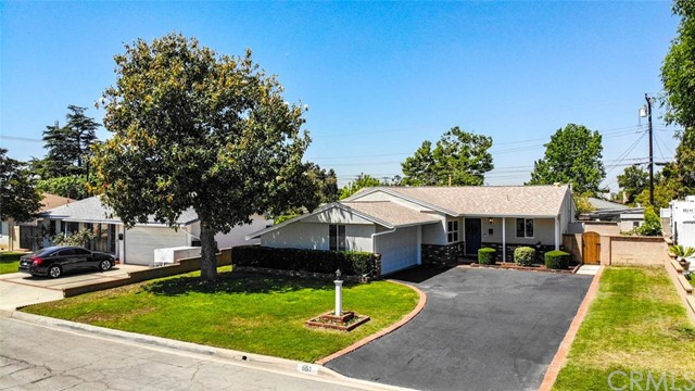 Photo of 651 S Pennsylvania Avenue, Glendora, CA 91740