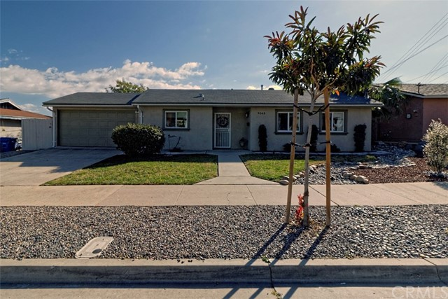 Single Family Home for Sale at 9563 Abbeywood Road Santee, California 92071 United States