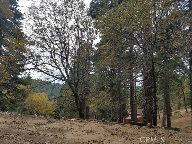 0 Elliot Road, Crestline CA: http://media.crmls.org/medias/cc5e50bd-4999-4b63-9e5a-6ba42b601f78.jpg